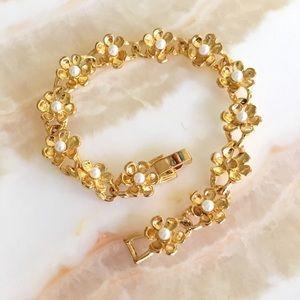 Vintage Gold & Pearl Flower Link Bracelet
